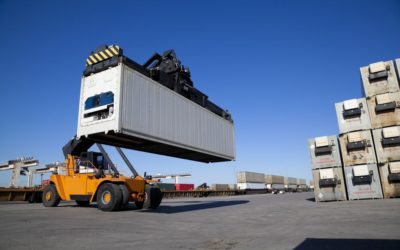 Can Truckers Sue for Injuries Sustained in Shipping Yards?